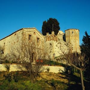 Castello di Montebello - Rocca dei Guidi foto di: |Autore sconosciuto| - Archivio Provincia di Rimini