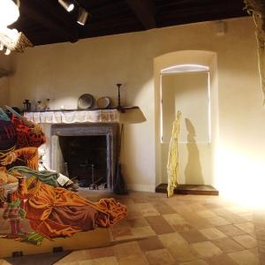 Rocca Fregoso - stanza delle perseguitate foto di: |roberto sibilia| - proloco